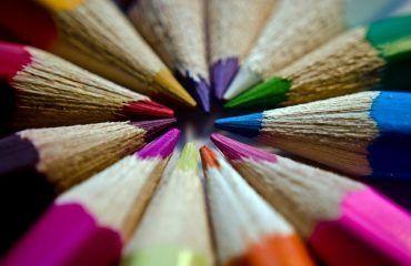 significado color de las rosas para funerales