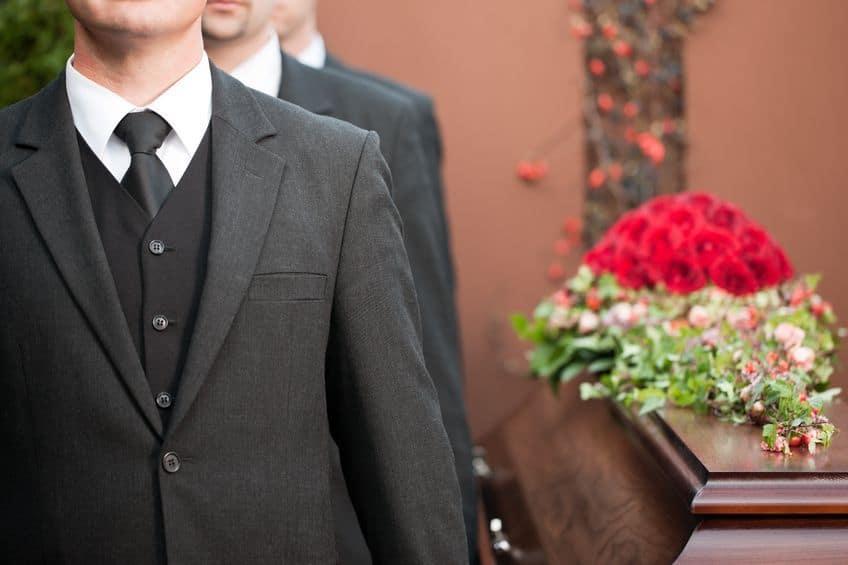Precio de coronas de flores funerarias