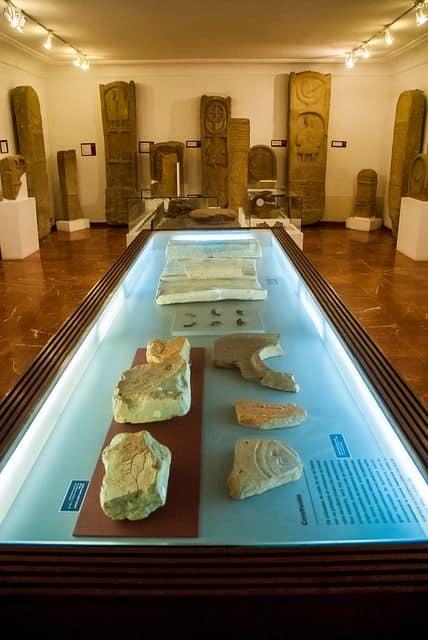 estelas funerarias blog