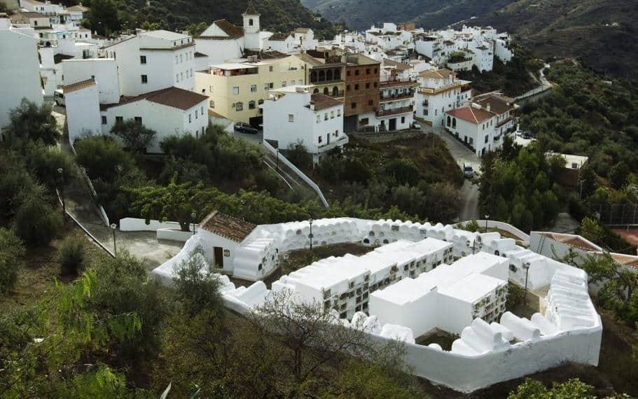 visitas de cementerios en Andalucía